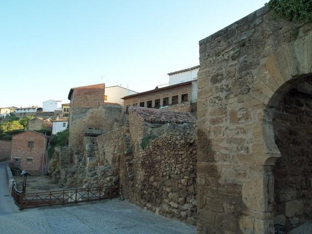 Ágreda Puerta y murallas mudéjares