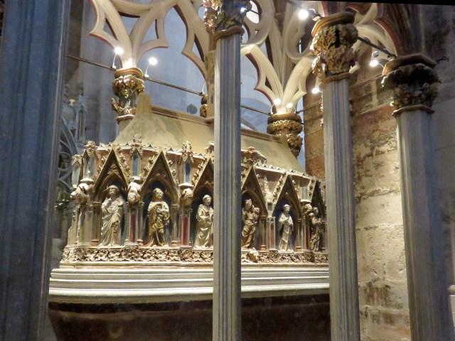 mausoleo-en-santes-creus-copiar